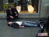 2008-09-15_Strassenhypnose_Munchen_Schwabing_00013