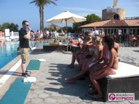 Hypnoseshow-Alexander-Seel-Punta-Arabi-Ibiza-Showhypnose-02-08-2009-00027