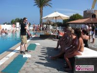 Hypnoseshow-Alexander-Seel-Punta-Arabi-Ibiza-Showhypnose-02-08-2009-00029