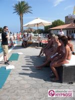 Hypnoseshow-Alexander-Seel-Punta-Arabi-Ibiza-Showhypnose-02-08-2009-00069