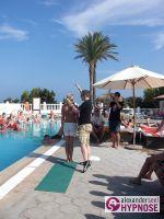 Hypnoseshow-Alexander-Seel-Punta-Arabi-Ibiza-Showhypnose-02-08-2009-00078