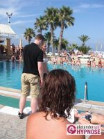 Hypnoseshow-Alexander-Seel-Punta-Arabi-Ibiza-Showhypnose-02-08-2009-00095
