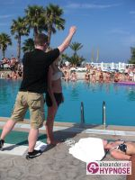 Hypnoseshow-Alexander-Seel-Punta-Arabi-Ibiza-Showhypnose-02-08-2009-00096