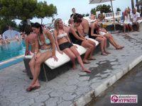 Hypnoseshow-Alexander-Seel-Punta-Arabi-Ibiza-Showhypnose-02-08-2009-00179