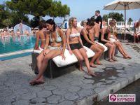 Hypnoseshow-Alexander-Seel-Punta-Arabi-Ibiza-Showhypnose-02-08-2009-00185