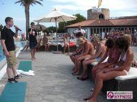 Hypnoseshow-Alexander-Seel-Punta-Arabi-Ibiza-Showhypnose-02-08-2009-00199