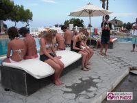 Hypnoseshow-Alexander-Seel-Punta-Arabi-Ibiza-Showhypnose-02-08-2009-00209