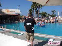 Showhypnose-Alexander-Seel-Hypnoseshow-Punta-Arabi-Ibiza-2009-08-05-00001