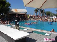 Showhypnose-Alexander-Seel-Hypnoseshow-Punta-Arabi-Ibiza-2009-08-05-00010
