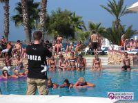 Showhypnose-Alexander-Seel-Hypnoseshow-Punta-Arabi-Ibiza-2009-08-05-00011