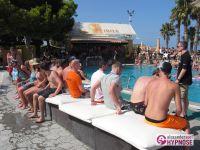 Showhypnose-Alexander-Seel-Hypnoseshow-Punta-Arabi-Ibiza-2009-08-05-00016
