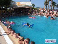 Showhypnose-Alexander-Seel-Hypnoseshow-Punta-Arabi-Ibiza-2009-08-05-00090