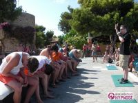 Showhypnose-Alexander-Seel-Hypnoseshow-Punta-Arabi-Ibiza-2009-08-05-00110
