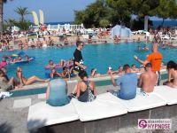 Showhypnose-Alexander-Seel-Hypnoseshow-Punta-Arabi-Ibiza-2009-08-05-00119