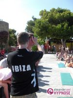 Showhypnose-Alexander-Seel-Hypnoseshow-Punta-Arabi-Ibiza-2009-08-05-00124