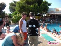 Showhypnose-Alexander-Seel-Hypnoseshow-Punta-Arabi-Ibiza-2009-08-05-00255