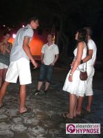 Strassenhypnose-Blitzhypnose-Alexander-Seel-Ibiza-2010-00008